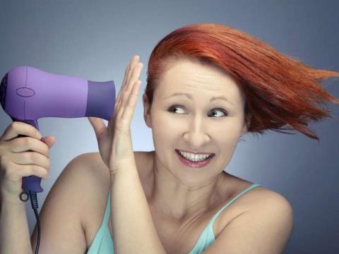 Укладываем волосы без помощи фена и утюжка