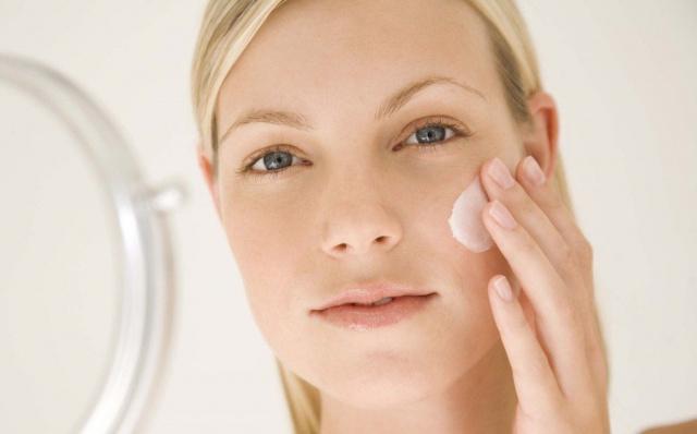 Топ-9 способов быстро улучшить цвет лица в домашних условиях