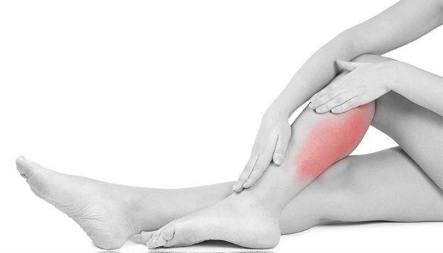 Судороги ног, причина. Первая помощь при судорогах ног