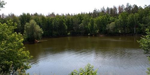 В озере под Тольятти подросток получил тяжелую травму позвоночника