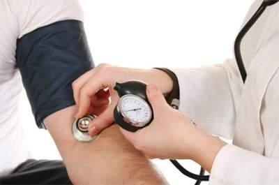 Частое повышение артериального давления может вызывать слабоумие, - ученые