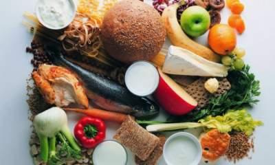 Эти продукты хорошо выводят из организма лишнюю жидкость