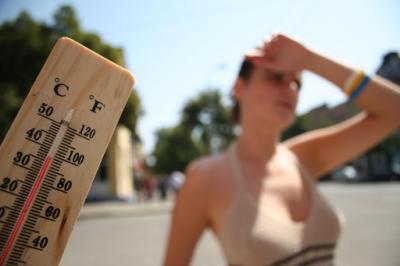 Медики поделились советами, помогающими пережить жару