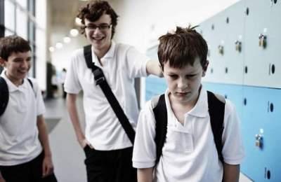Как уберечь ребенка от издевательств