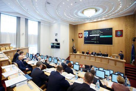 Правительство Югры не успевает тратить деньги на госпрограммы в 2018 году. Но это сезонное явление
