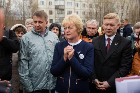 Андрей Трубецкой заручился поддержкой ОНФ в решении проблемы расселения жителей Сургутского района из непригодного жилья