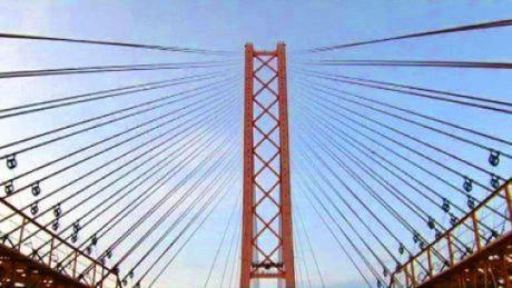 С 18 июня в Сургуте ограничат движение по автомобильному мосту через Обь