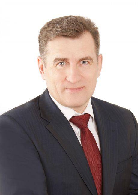 Анатолий Сименяк, председатель думы Сургутского района: Молодость – самое лучшее время для осуществления самых смелых и невероятных замыслов