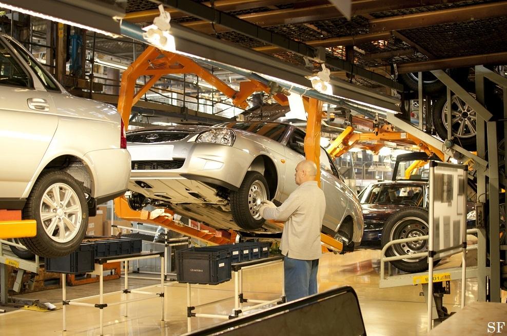 АВТОВАЗ повышает зарплату работникам