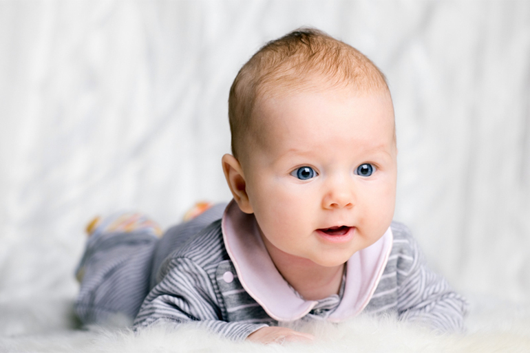 Родившиеся сегодня дети получат выплаты от администрации Тольятти