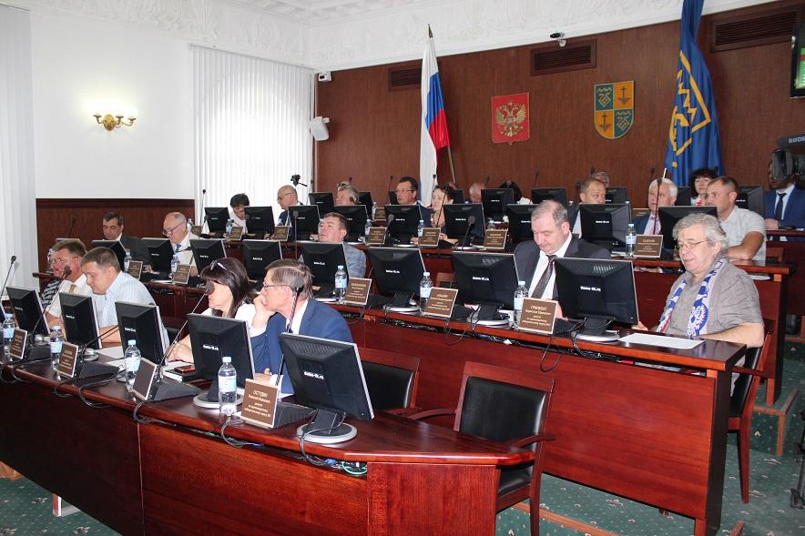 Тольяттинские депутаты поставили «удовлетворительно» Сергею Анташеву