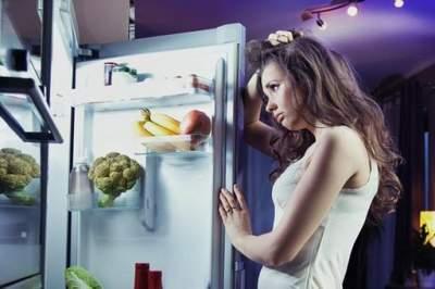 Названы простые способы, помогающие меньше есть