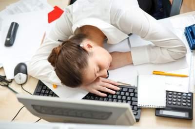 Простые способы преодолеть сонливость