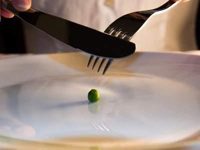 Врачи попробуют лечить рассеянный склероз голоданием