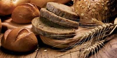 Медики рассказали, почему необходимо есть хлеб