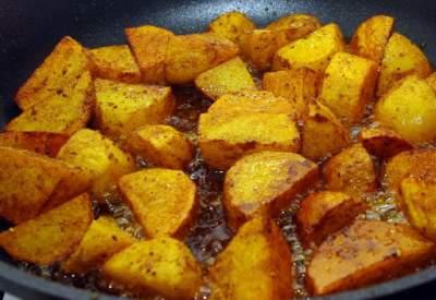 Названы самый полезный и вредный способы приготовления картофеля