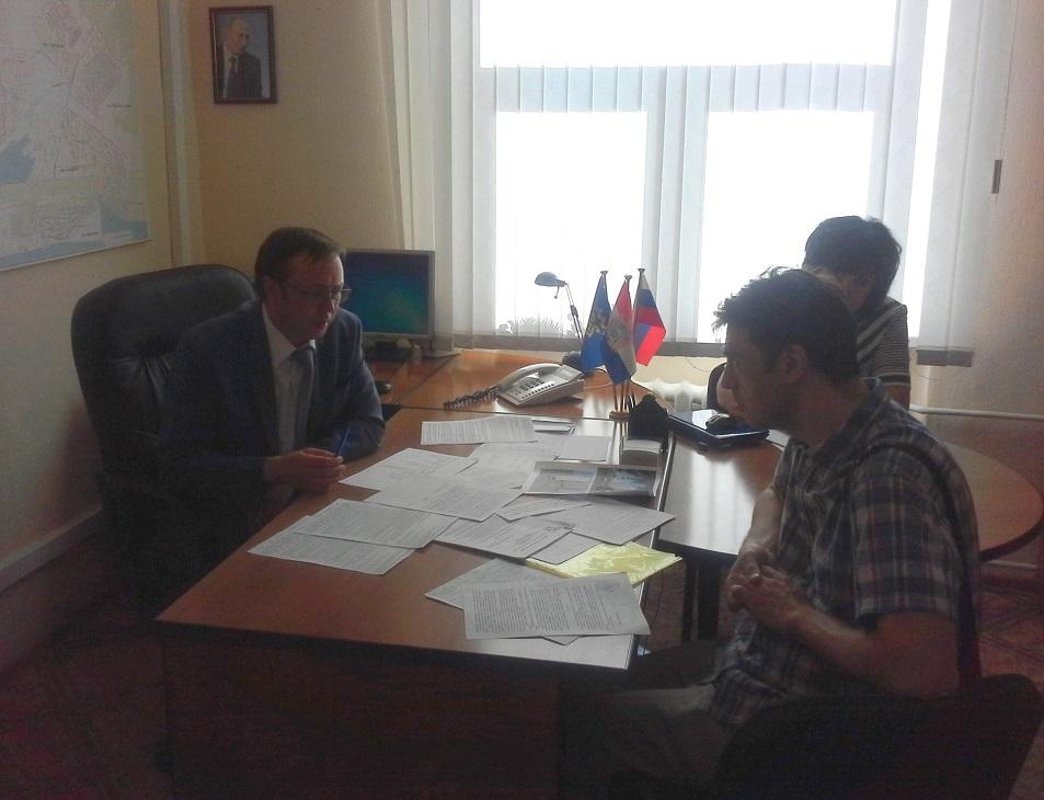 К председателю Думы Тольятти пришли за помощью обманутые дольщики
