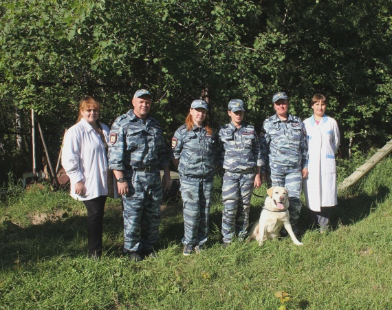 В Сургуте на пенсию проводили служебную собаку
