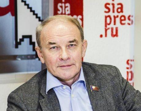 Историк Вячеслав Тетекин: «Политические трансформации в стране неизбежны. И их агент - само правительство»