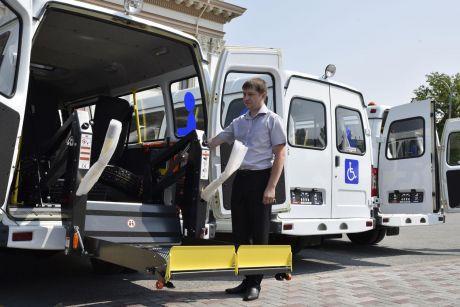 Тюменская область обновляет социальный автопарк