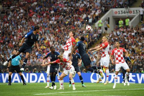 Финал ЧМ-2018 в Москве. Франция – Хорватия. После первого тайма счет 2:1 в пользу Франции