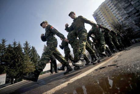 Югра на 100 процентов выполнила план весеннего призыва на военную службу