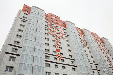 Полина Амирова: Горожане активно скупают жилье от Сибпромстроя в поселке Солнечный