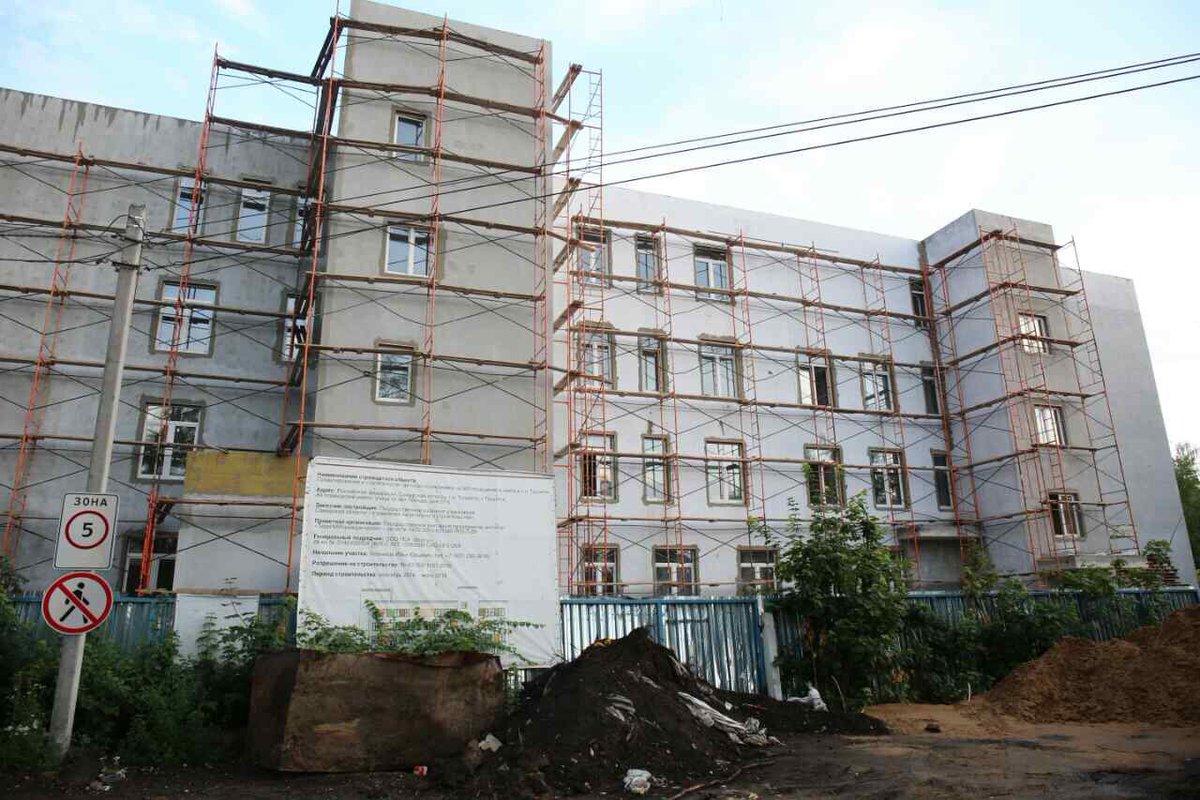 Новую поликлинику в Тольятти могут достроить уже через год