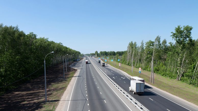 Опрос: Более половины жителей Самарской области удовлетворены дорогами