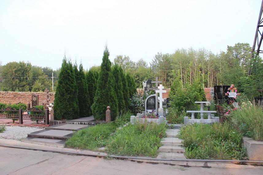 Дмитрий Азаров высказался о закрытии тольяттинского городского кладбища