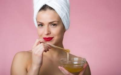 Косметологи подсказали, как избавиться от морщин в домашних условиях