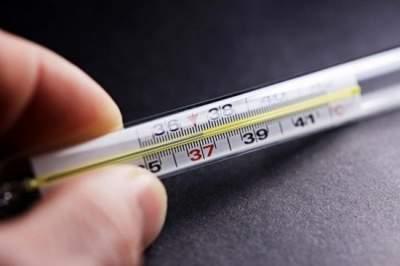 Медики подсказали, как снизить температуру без лекарств