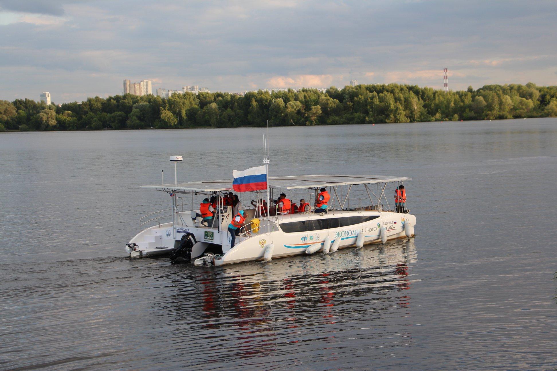 В Тольятти презентовали уникальный электрокатамаран