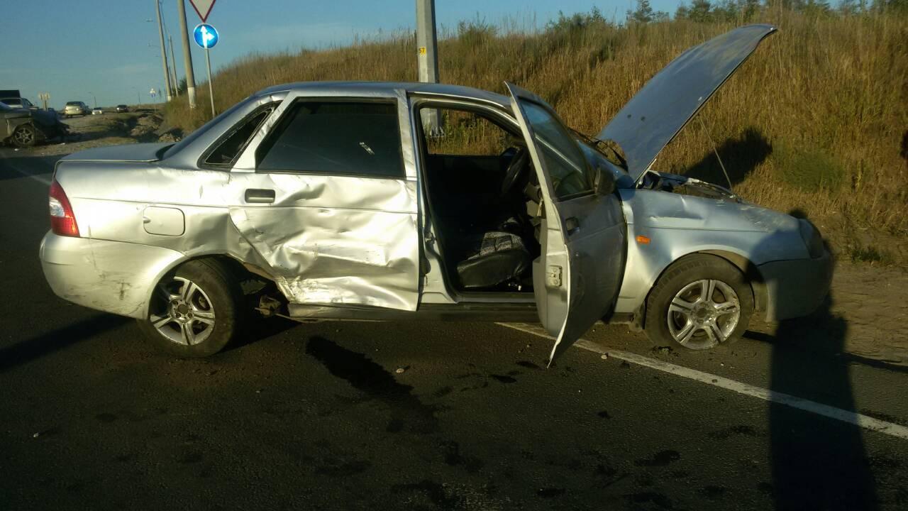 В ДТП на Обводном шоссе в Тольятти пострадала пятилетняя девочка