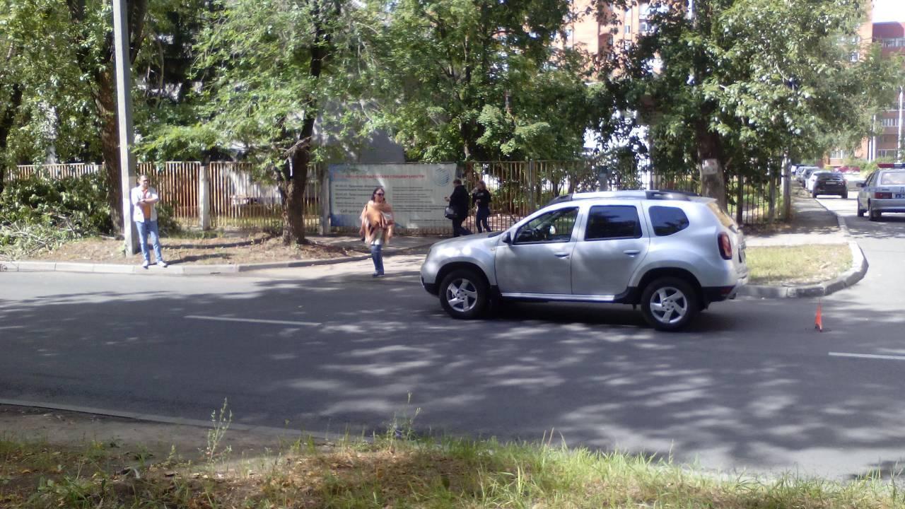 В Тольятти попала под колеса «Рено» семилетняя девочка, нарушившая ПДД