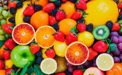 Врачи назвали основные принципы лечения болезней фруктами