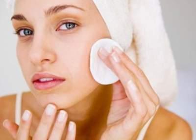 Медики рассказали, как уход за кожей может навредить здоровью