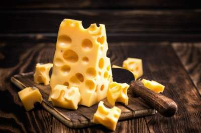 Названы преимущества регулярного употребления сыра