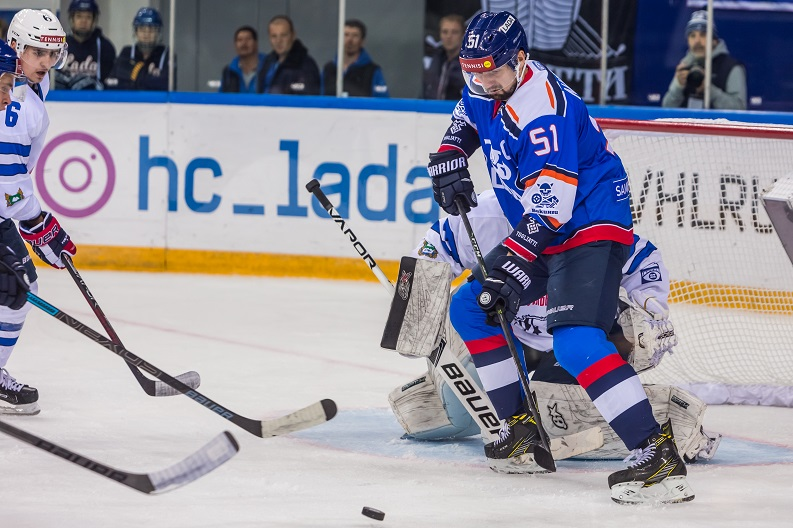 «Лада» возглавила таблицу чемпионата ВХЛ