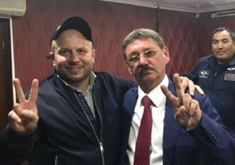 Жириновский лично поздравил депутата сургутской думы Барсова