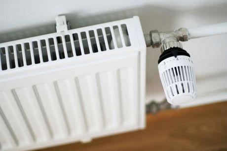С сегодняшнего дня в квартиры Сургута станут подавать отопление