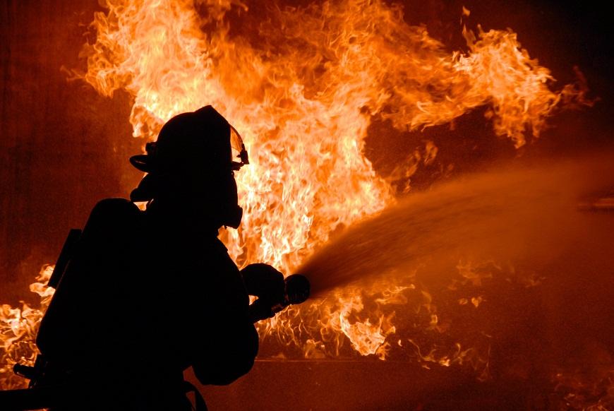В Тольятти во время пожара в частном доме сгорел 60-летний мужчина