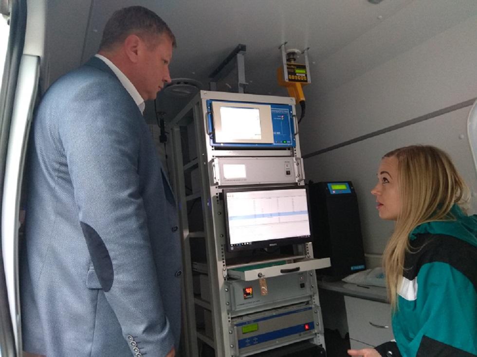 Мобильная лаборатория проверят воздух по всему Тольятти