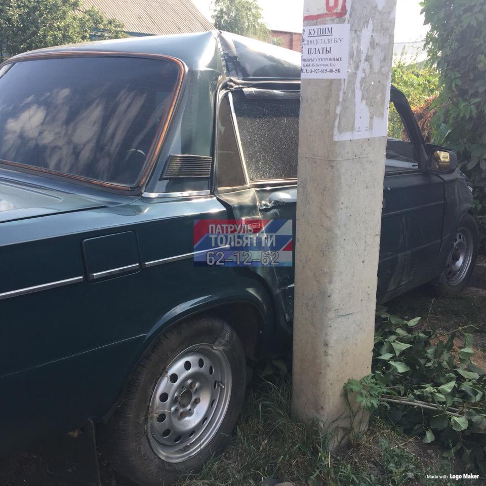 В Тольятти водитель ВАЗ-2106 снес иномарку и врезался в столб