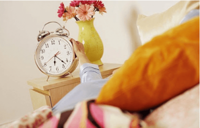 Врач назвал лучшее время для сна и пробуждения