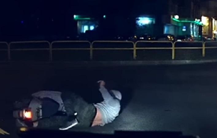 «Приезжай обмывать лишение прав»: ДПС поймала пьяного тольяттинца на мопеде