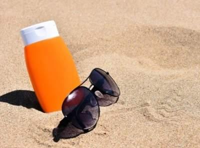 Солнцезащитные кремы признали опасными для здоровья