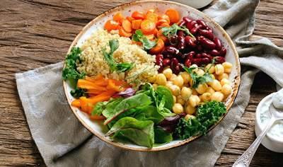 Диетологи рассказали, как нужно питаться для поддержания здорового веса