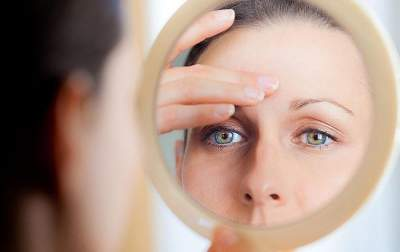 Названы продукты, провоцирующие раннее старение кожи