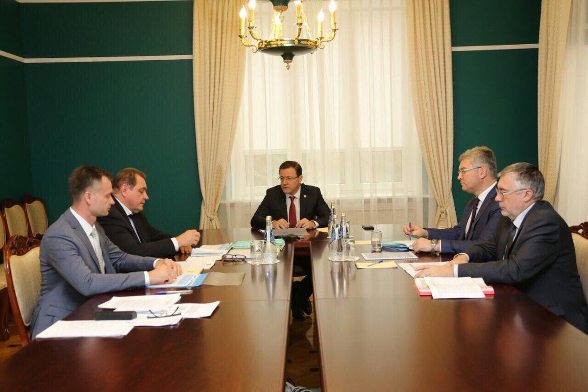 Дмитрий Азаров и Сергей Анташев обсудили бюджет Тольятти